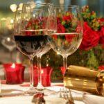 capodanno in toscana: tavola imbandita per il cenone