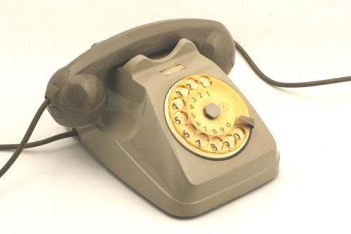il telefono degli anni 70.01
